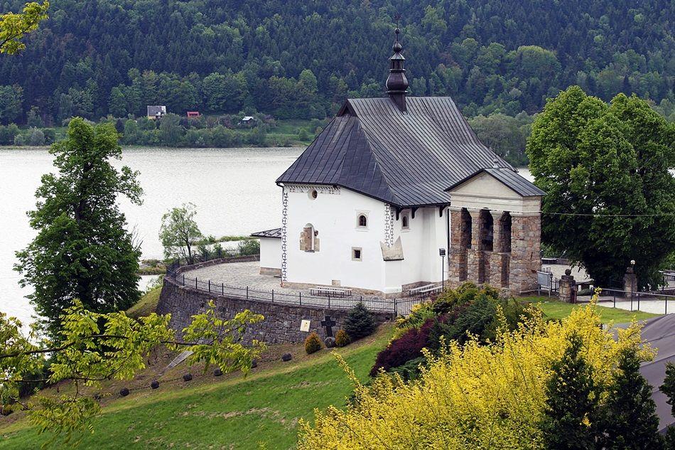6. kościoły murowane